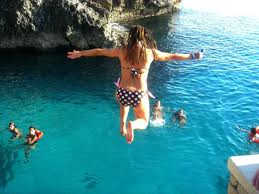 cliff diving in Negril, https://www.jamaica-reggae-music-vacation.com/Negril-Jamaica-Vacation-Package.html