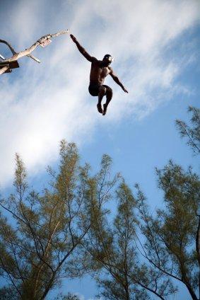 http://www.jamaica-reggae-music-vacation.com/Jamaica-Vacation-Activities.html, Cliff Diving, Negril, Jamaica