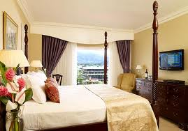 http://www.jamaica-reggae-music-vacation.com/Kingston-Hotels.html