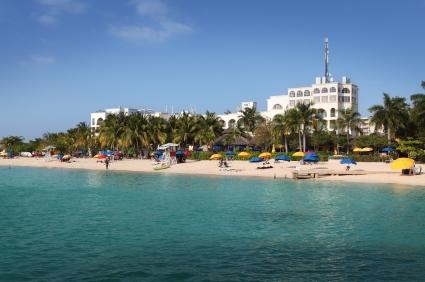 http://www.jamaica-reggae-music-vacation.com/JamaicaBeaches.html, Doctor's Cave Beach