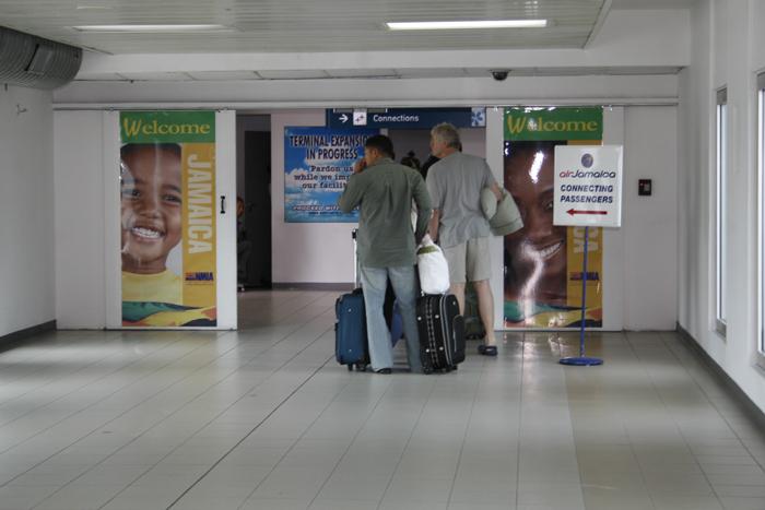 http://www.jamaica-reggae-music-vacation.com/Kingston-Airport.html