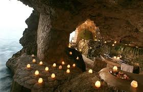 https://www.jamaica-reggae-music-vacation.com/attractions-in-jamaica.html, Limestone Cave in Jamaica
