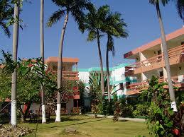 http://www.jamaica-reggae-music-vacation.com/Jamaica-Travel-Deals.html