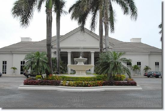 Ritz Carlton, Montego Bay, http://www.jamaica-reggae-music-vacation.com/Ritz-Carlton-Montego-Bay.html