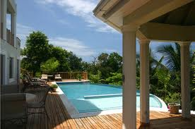https://www.jamaica-reggae-music-vacation.com/Cheap-Hotels-In-Jamaica.html, Rose Hall Castles Beach Resort
