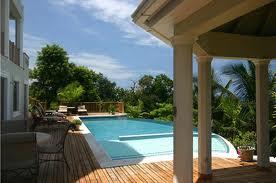 http://www.jamaica-reggae-music-vacation.com/Cheap-Hotels-In-Jamaica.html, Rose Hall Castles Beach Resort