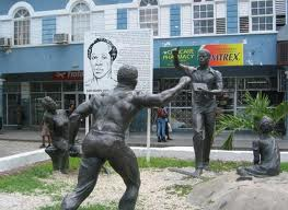 Sam Sharpe Square, https://www.jamaica-reggae-music-vacation.com/Montego-Bay-Tours.html