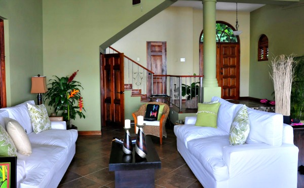 http://www.jamaica-reggae-music-vacation.com/Port-Antonio-Villa.html, Avalon Villa