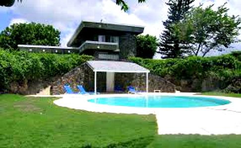 http://www.jamaica-reggae-music-vacation.com/Port-Antonio-Villa.html, Dragon Point Villa