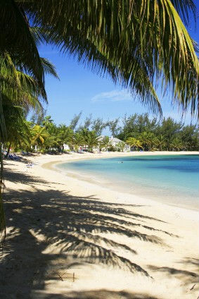 https://www.jamaica-reggae-music-vacation.com/JamaicaBeaches.html, Half Moon Bay Beach