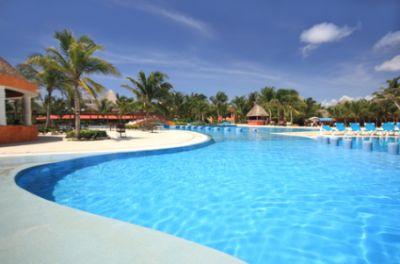 http://www.jamaica-reggae-music-vacation.com/jamaica-resorts.html