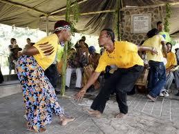 http://www.jamaica-reggae-music-vacation.com/Jamaica-Vacation-Attractions.html