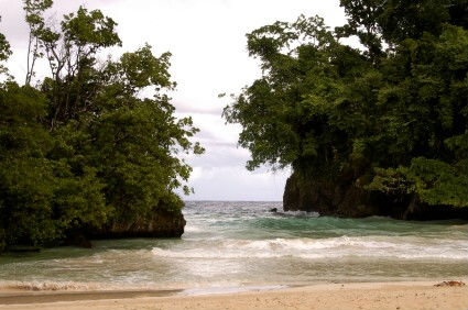 Frenchman's Cove, Port Antonio, http://www.jamaica-reggae-music-vacation.com/Port-Antonio-Vacations.html